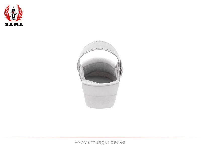 ZUECOPROT - Zueco laboral blanco con cierre de hebilla y acabado en piel (4)